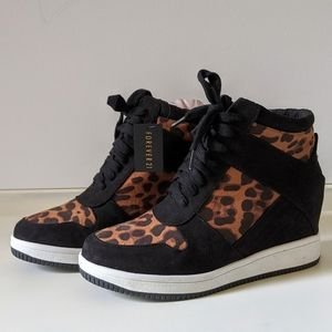 FOREVER 21 Leopard Print Black High Top Sneakers 8